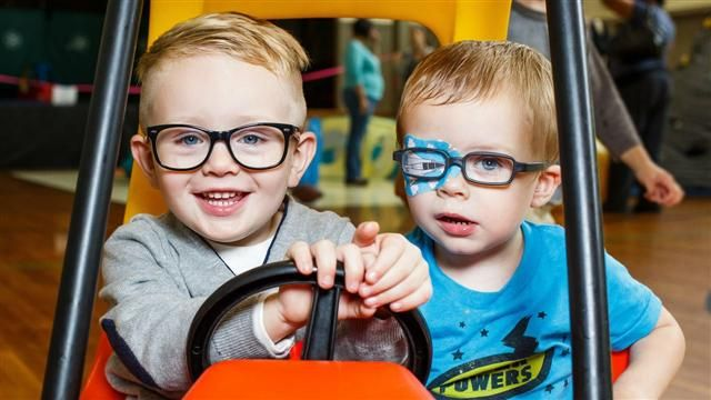 VIDEO: How to Deal With Children's Vision Problems 11