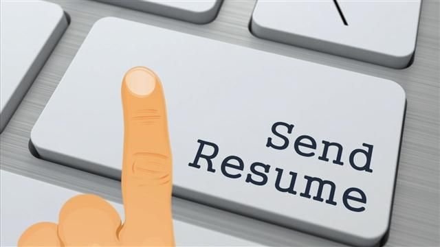 VIDEO: Five Tips to Improve Your Online Job Search 1