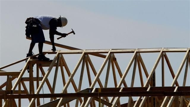 VIDEO: Housing Starts Drop Sharply in October 6