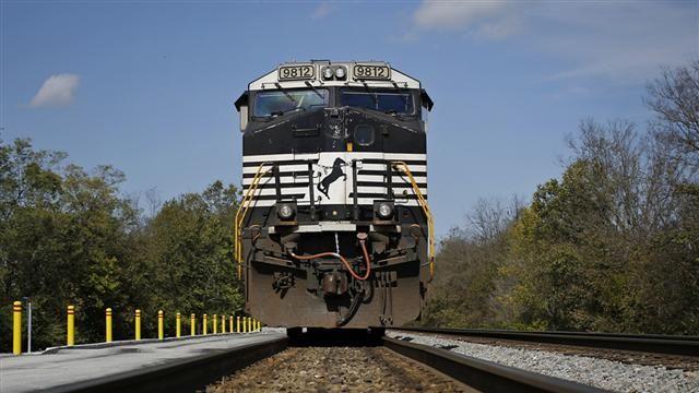 "VIDEO: ""Mini-Berkshire"" and Railway Stock Chugging Higher 1"