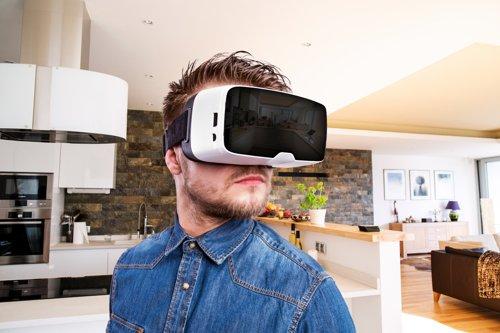 VR Goggles_Shutterstock