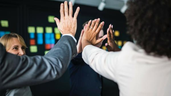 Growing Your Business by Establishing Good Relationships with Your Employees 1