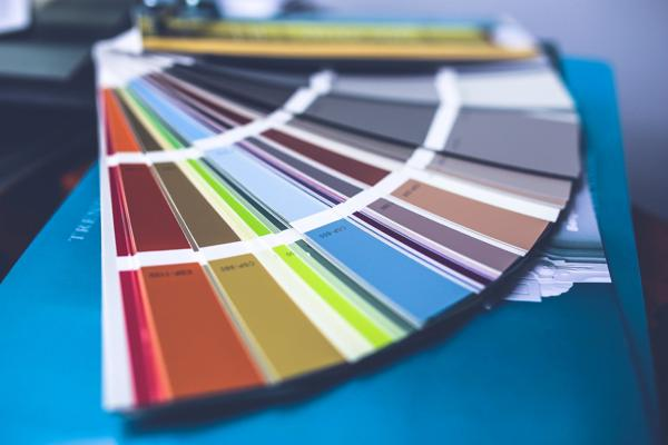 Give a Whole New Dimension to Your Business Card Design by Choosing Apt Colors 2