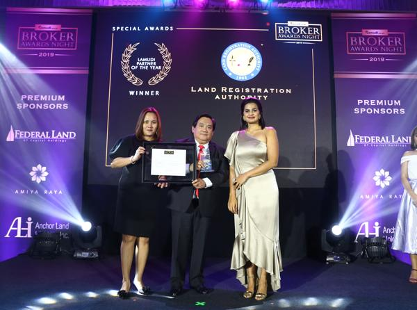 Local Real Estate Professionals and Companies Receive Honor during  Lamudi Broker Awards Night 5