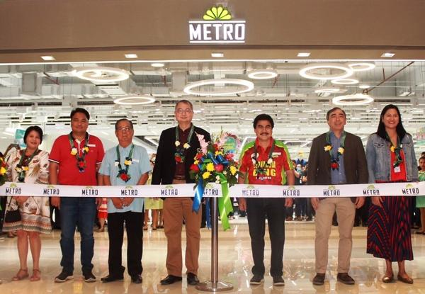 Metro Retail Stores Group opens its 54th store 1