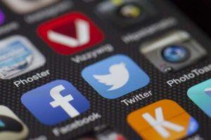 blogger-social-media 3