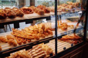 good bakery breads in display shelf