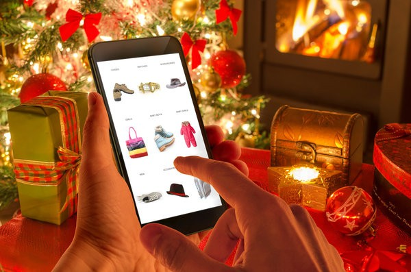 Holiday Ecommerce Solutions shopping guide