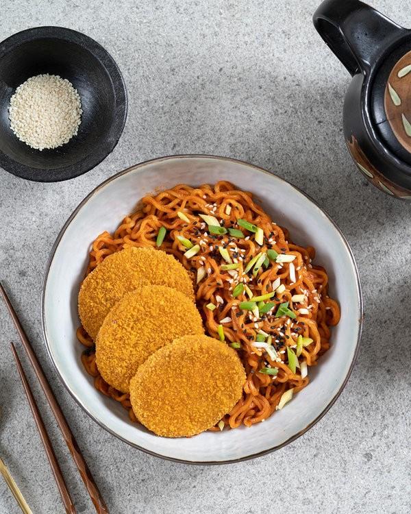 Crispy Burger with Korean Spicy Noodles