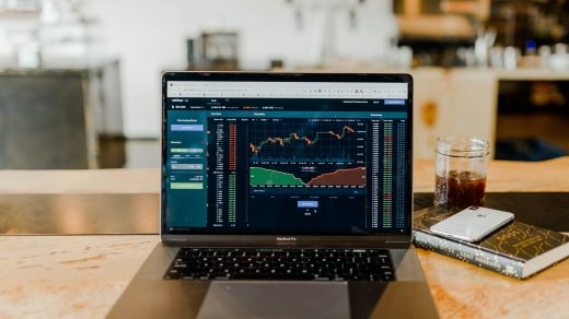 forex turned-on MacBook Pro