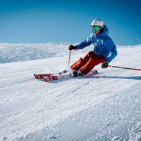 Six Reasons to Learn Skiing from Professional Ski Instructors 1