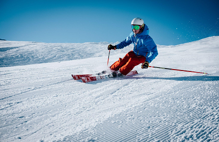 Six Reasons to Learn Skiing from Professional Ski Instructors 2