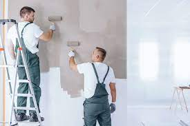 Painting your industrial facility is a big investment. Learn four things you need to know so you can choose the best industrial painting contractors in AZ.